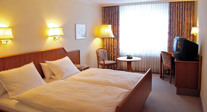 Hotel henke 27367 sottrum zimmer for Hotelzimmer teilen